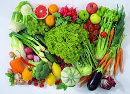 Ăn nhiều trái cây hiệu quả trong giảm thâm quầng mắt.