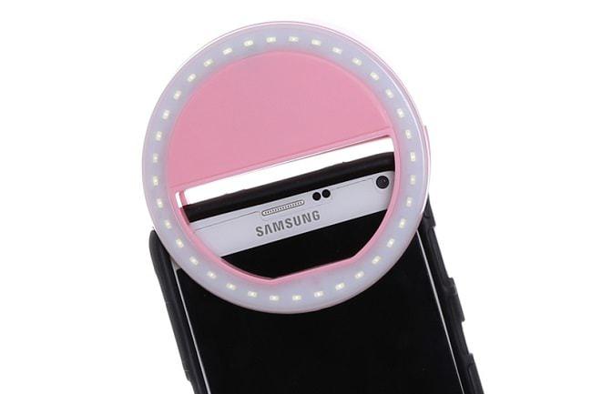 Hình ảnh 6fqplK9 của Giới thiệu phụ kiện Đèn LED trợ sáng khi chụp ảnh cho điện thoại tại HieuMobile