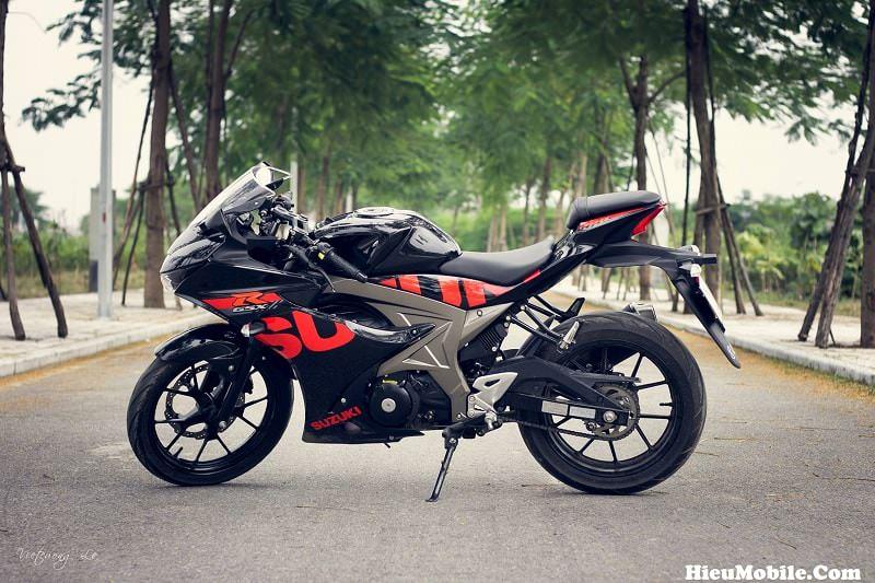 Được biết chủ nhân của bộ ảnh cũng như chiếc Suzuki GSX R150 là anh Lê Việt Cường đến từ Thái Bình - Việt Nam