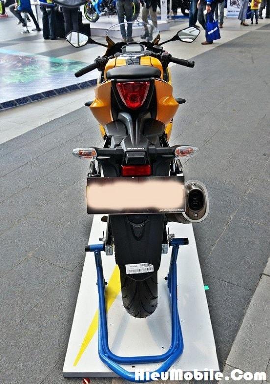 Hình ảnh KND8GFu của Suzuki giới thiệu mẫu GSX R150 tem cam đen cực chất tại HieuMobile