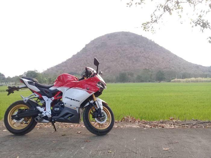 Hình ảnh YxJdTb9 1 của GPX Demon 150 chính thức mở bán tại Việt Nam với giá siêu cạnh tranh tại HieuMobile