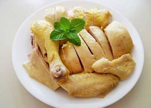 Thịt gà chứa rất nhiều chất dinh dưỡng