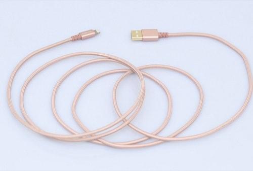Còn loại dây dài 2 mét này thì sử dụng trong khoảng cách xa hơn