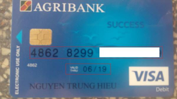 Hình ảnh thực tế của một chiếc thẻ tín dụng quốc tế Visa