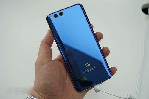 Hình ảnh u0ZEvj3 của Đánh giá Xiaomi Mi 6: Chiếc điện thoại có cấu hình khủng nhưng giá bình dân tại HieuMobile