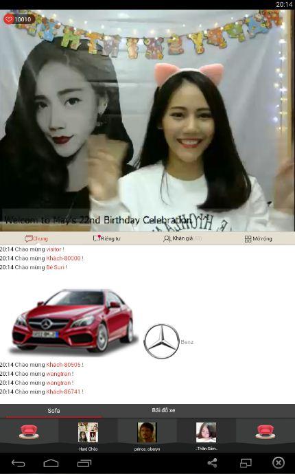 Một idol đang biểu diễn của HalloStar