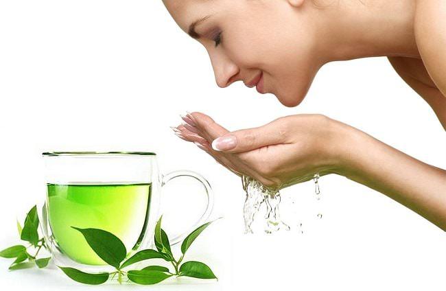 Sử dụng nước trà xanh mang lại nhiều hiệu quả tốt