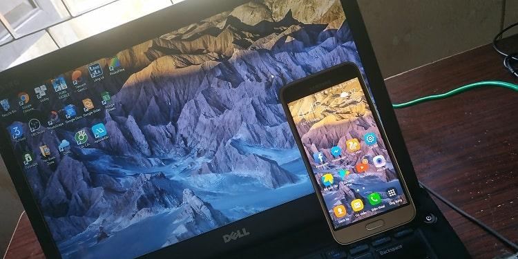Hình nền trên máy tính có thể dùng tính năng cắt, thay đổi kích thước bằng phần mềm PhotoScape để phù hợp cho màn hình điện thoại