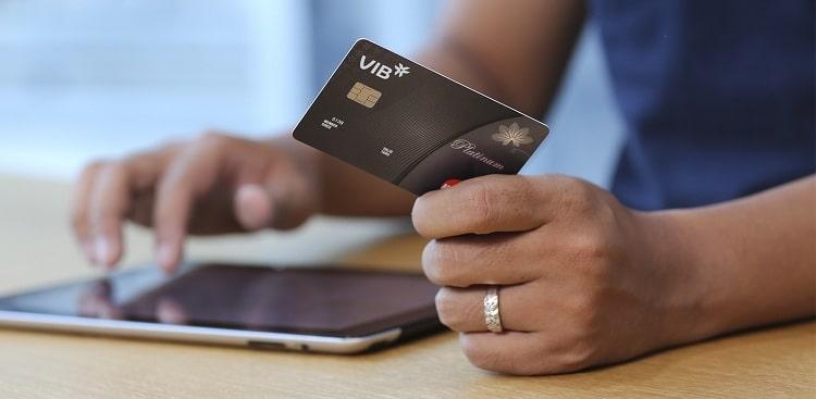 Với nhu cầu ngày càng tăng, các loại thẻ ATM/Visa ngân hàng giờ đây có thể làm online miễn phí nhận ngay tại nhà