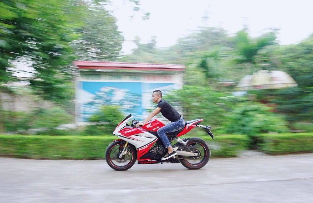 Hình ảnh optimized mxgm 1000x651 của Cận cảnh Honda CBR 250RR 2018 tem trắng đỏ ấn tượng như Ducati tại HieuMobile