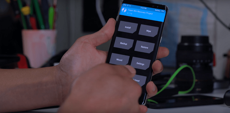 Hình ảnh optimized av8b của Up ROM là gì và hướng dẫn Up ROM cho tất cả dòng máy Xiaomi chi tiết nhất tại HieuMobile