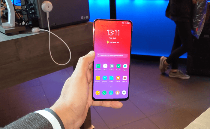 Thiết kế full view giống Oppo Find X rất đẹp